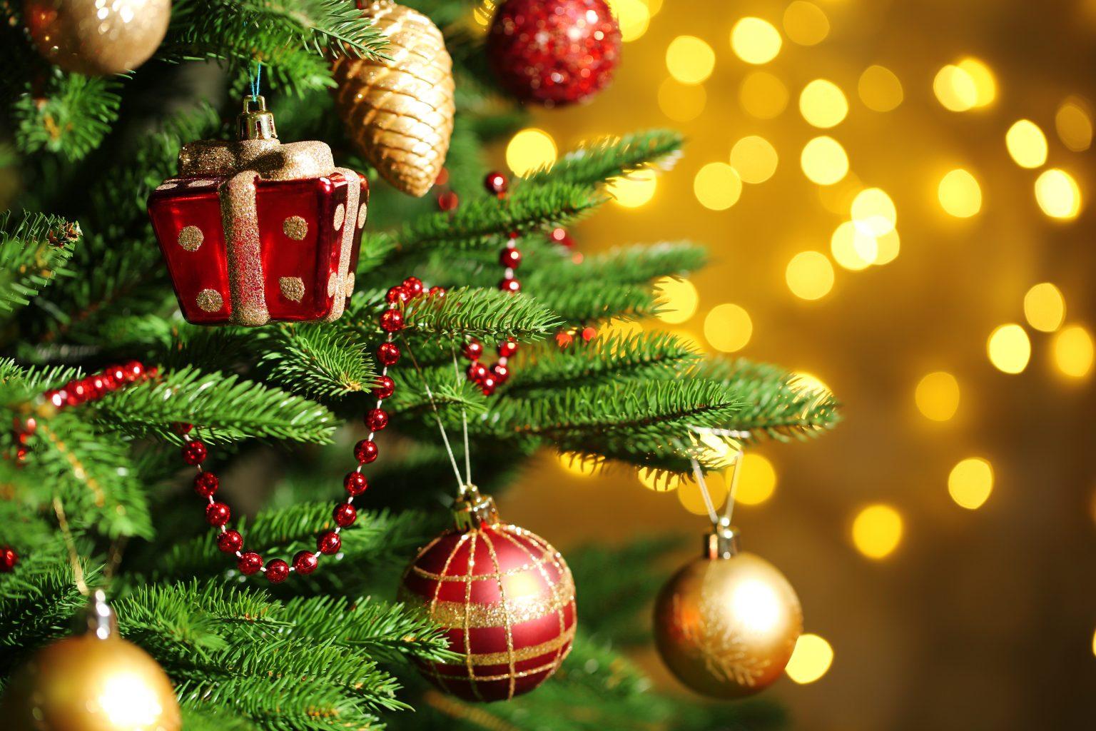 Auguri Di Natale Al Datore Di Lavoro.I 10 Film Senza I Quali Non E Natale Tanti Auguri Da Ciak Ciak