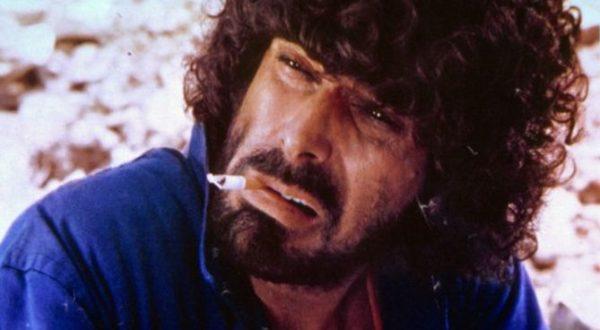"""Addio a Tomas Milian, non solo """"Er Monnezza"""": i suoi film più famosi"""