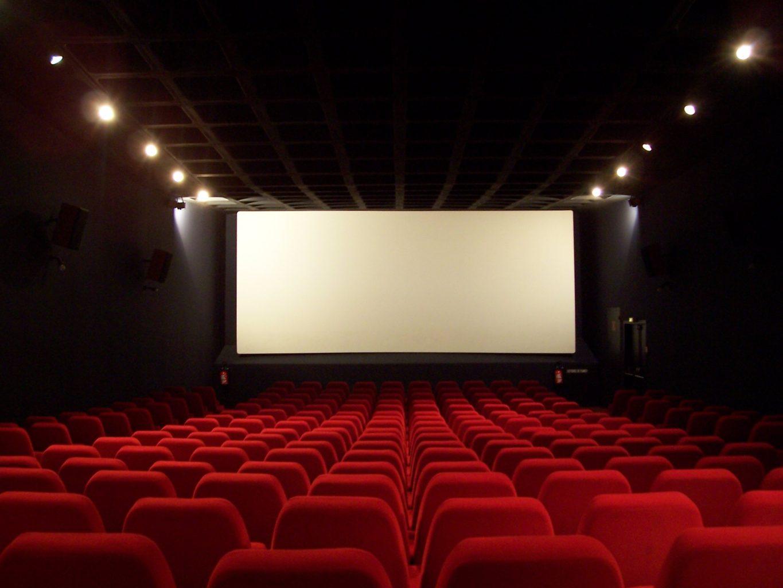 Crollo degli incassi al cinema nel weekend