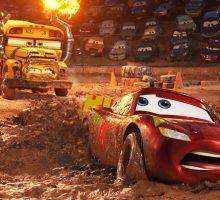 """Box office: arriva """"Cars 3"""" e gli incassi tornano a volare"""