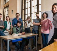 Immaturi la Serie: la fiction sui quarantenni che tornano fra i banchi di scuola