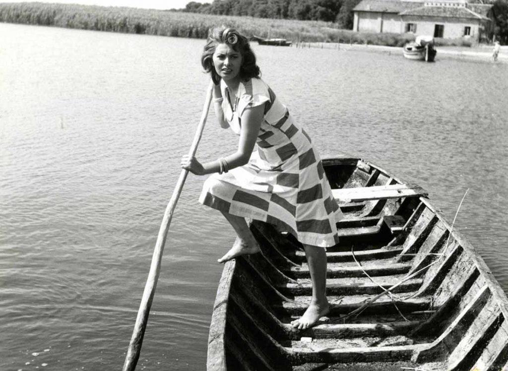 """Mario Soldati: """"La donna sul fiume"""", Sophia Loren © Archivio fotografico - Cineteca Nazionale"""